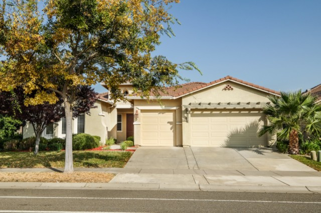 5645 Northborough Dr. Sacramento, CA 95835